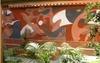 Mural en el acceso de Can Disset